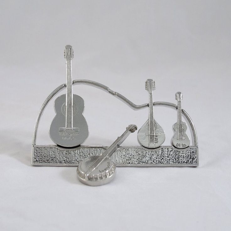 Americana Measuring Spoons with Display Stand