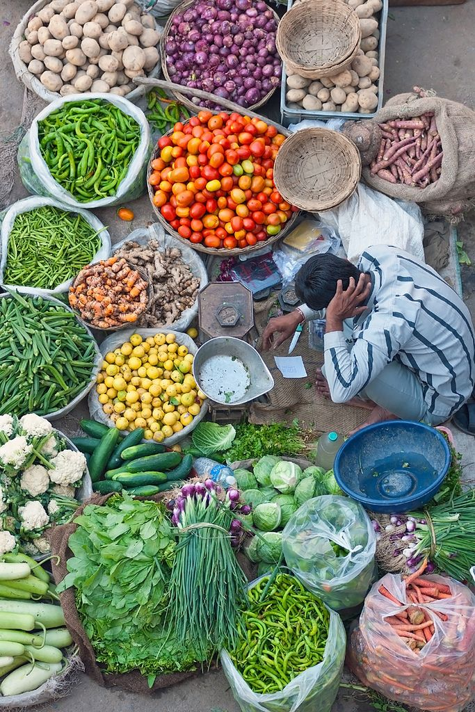 Vegetable seller in Pushkar (by Jeremy Richards)