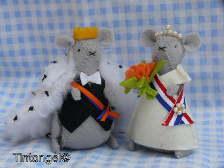 Mouse King and Queen via Etsy