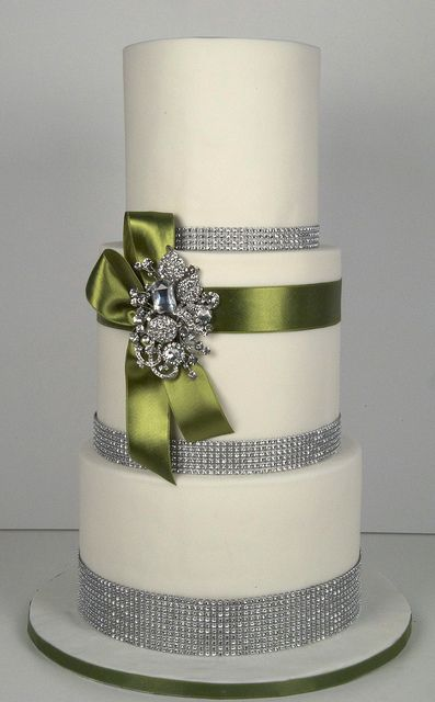 bling wedding cake toronto  by www.fortheloveofcake.ca, via Flickr
