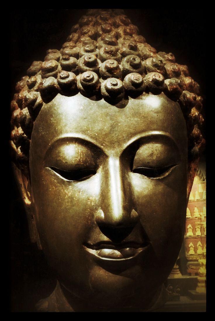 Buddha Statue @ Lindenmuseum Stuttgart. Great museum!