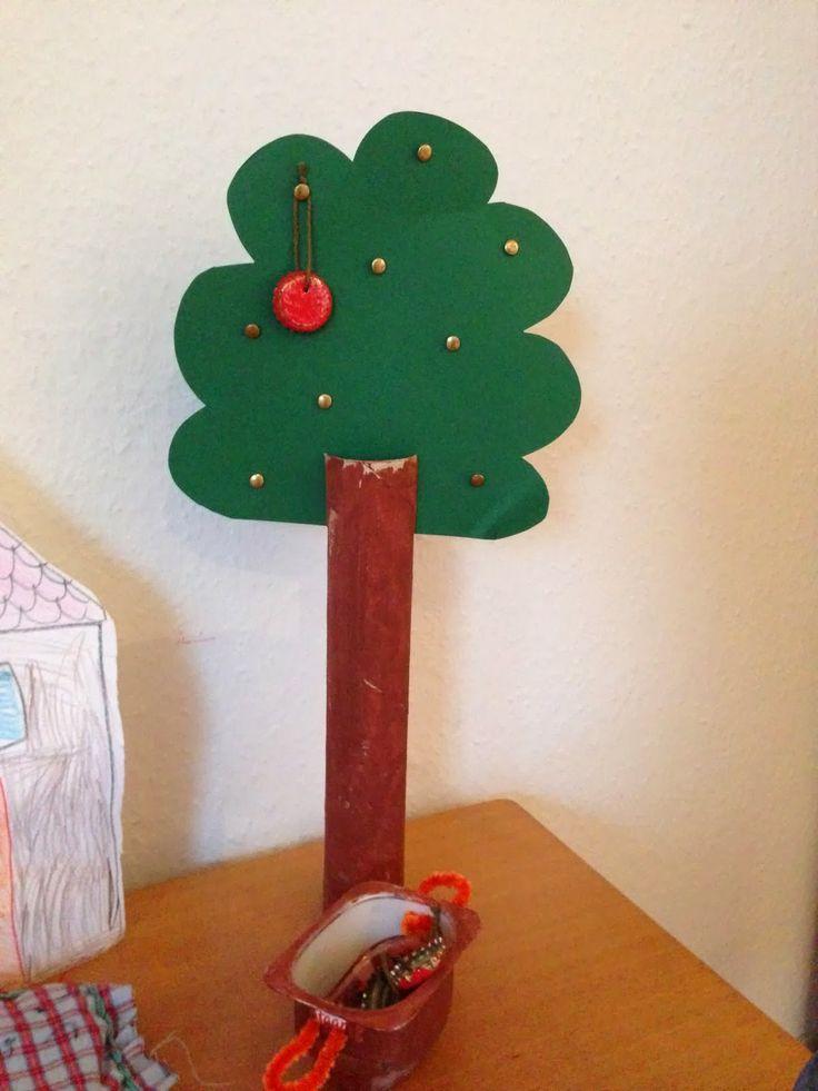 Märchen Frau Holle: der Apfelbaum