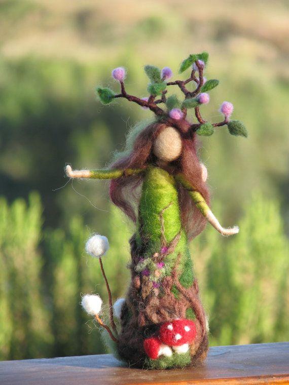 Needle felted arbre tuteur waldorf inspiré