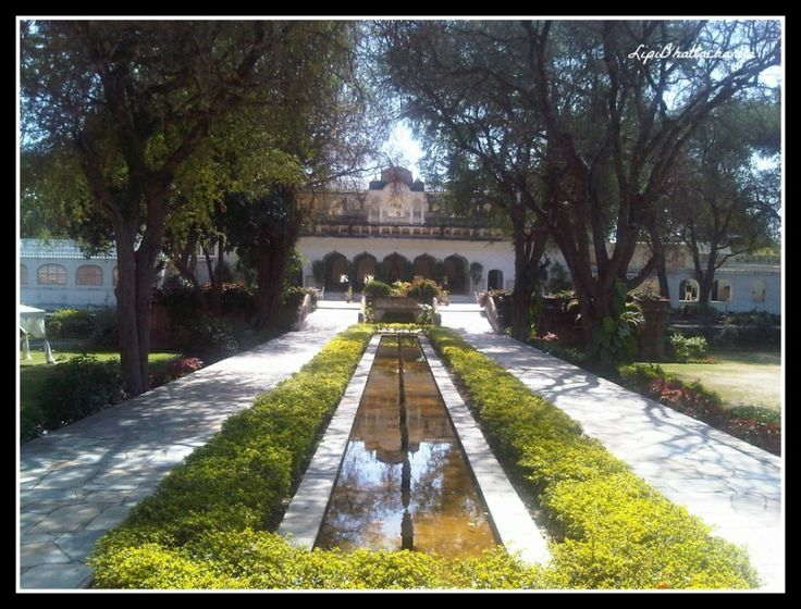 Beautiful garden at Samode Bagh, Jaipur