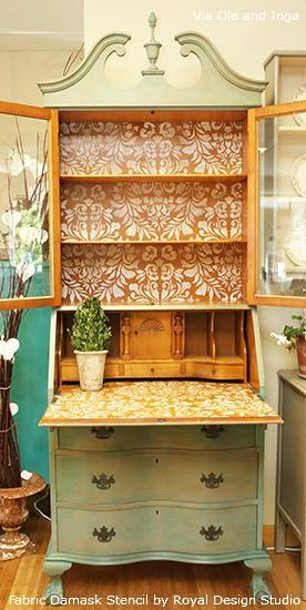 This is what I'm thinking for our refurbished bar! I would distress it with turquoise and do a penny counter top. Thin lining about using old wall paper to distress. See other pin on DIY board...