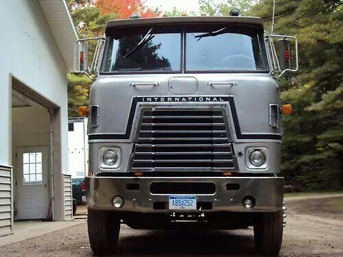 Moving Truck Canada in addition International Cabover Trucks in addition Interesting further Projects To Try in addition Trucks Kenworth. on semi truck dump trailer ontario canada