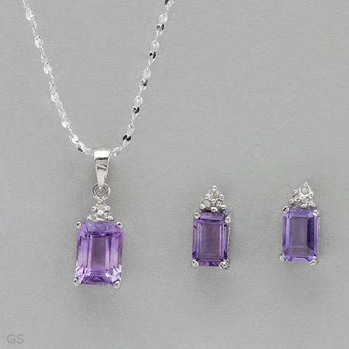Attractive Jewelry set - Brand New Earrings With 2.10ctw Precious Stones - Genuine Amethysts and Diamonds Made in 925 Sterling silver Length 9.5mm and Brand New: Diamonds Jewelry, Precious Stones, Length 9 5Mm, Sterling Silver, Genuine Amethysts, Silver Length, 925 Sterling, 2 10Ctw Precious