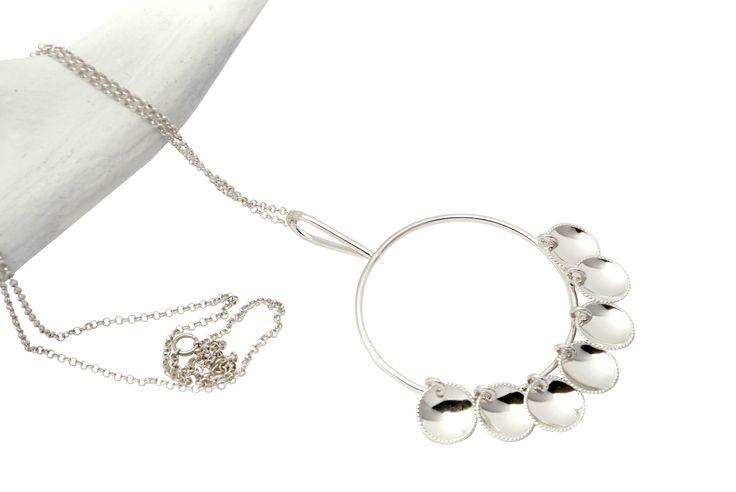 Halsband ÁRBEVIERRU (tradition) - lång kedja
