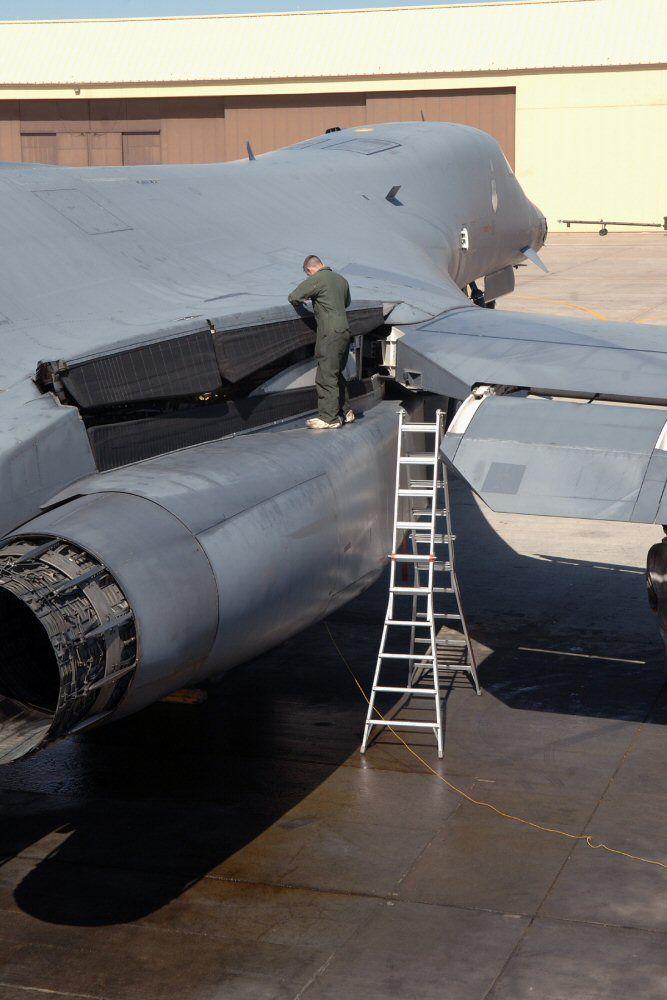 B-2 Bomber maintainence  (Military Aviation)