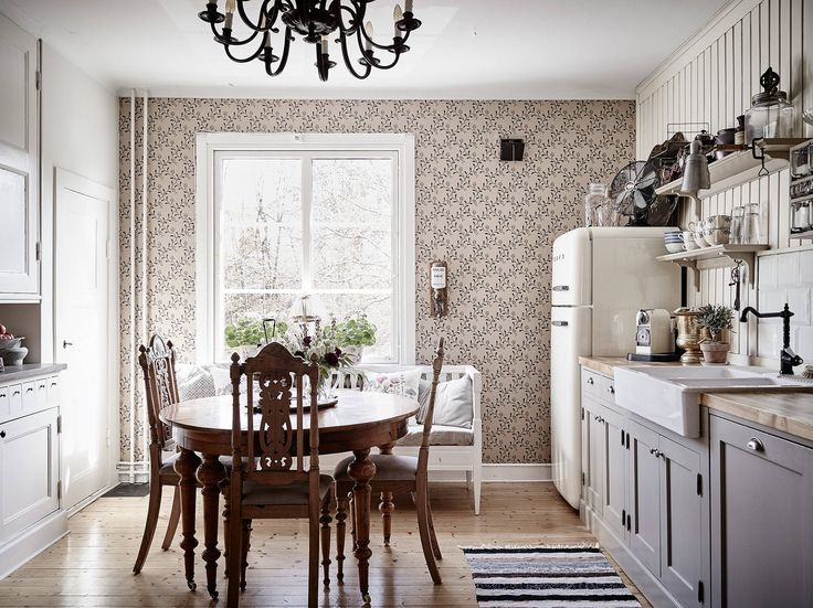 Beautiful kitchen in an apartment in Gothenburg, of course with Smeg appliances