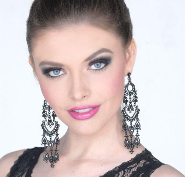 Miss Nebraska Teen USA Jasmine Fuelberth