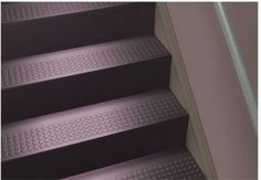 Best Johnsonite® Rubber Stair Tread One Piece W Riser 400 x 300