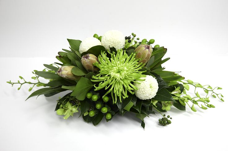 Lady Lime Long Table Arrangement