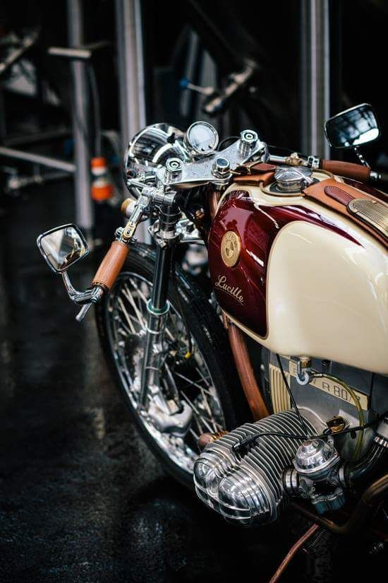 Habermann & Sons Classic Motorcycle Clothiers : Photo