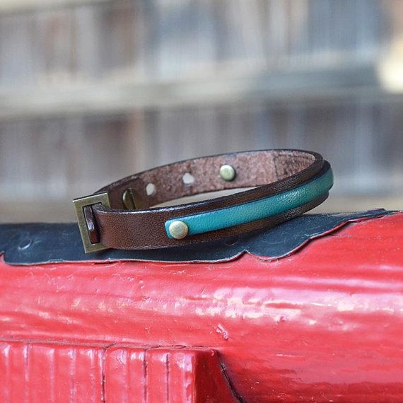 Leather bracelet. Japanese jewelry. Men. Gift. Brown. Mens. Womens. Minimalist. Unique. Birthday gift. Made in Japan. Japanese clothing