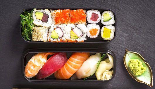 Sushi selber machen: Sushi ist das perfekte Fast Food, denn es geht schnell und liefert nur wenige Kalorien