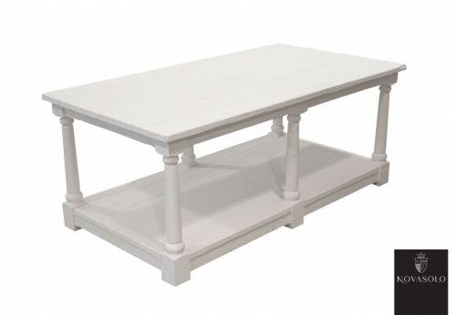 Romantisk sørlandspreget Seaside sofabord med en antikk hvit finish. Den nederste platen kan fint brukes til oppbevaring av blader, bøker o.l. (110x60 og 130x65)