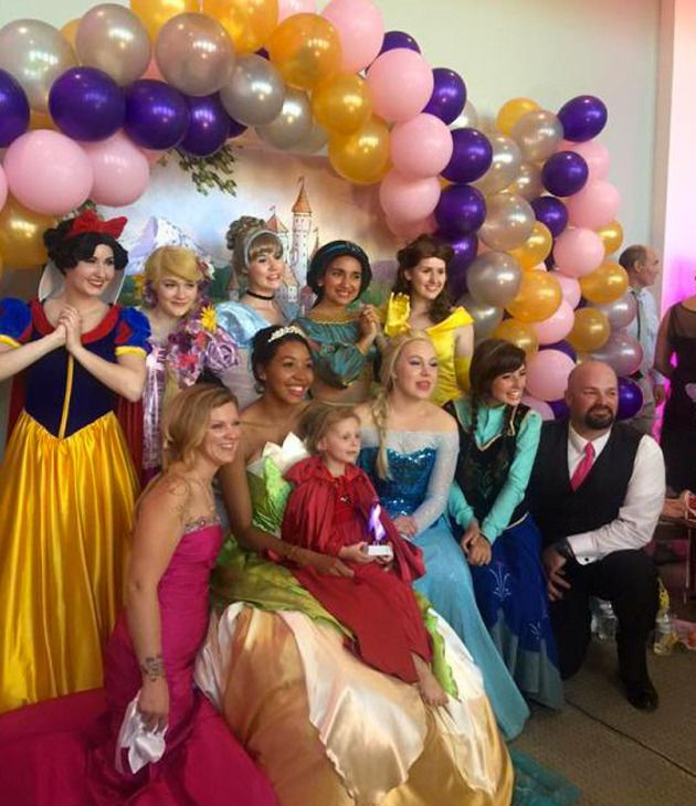 Lila May Schow celebrated her fifth birthday will her favourite Disney Princesses. Photo: Facebook/Lila May's Birthday Princess Ball Planning