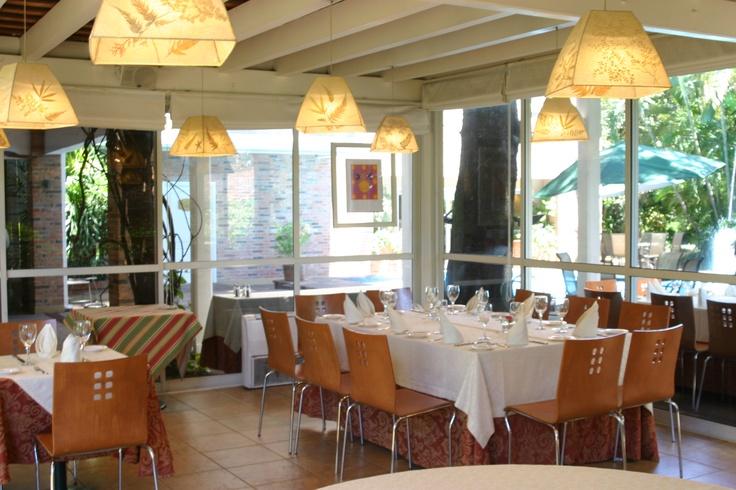 Salon mangal - Domingo de grill - Hotel Villa Morra Suites