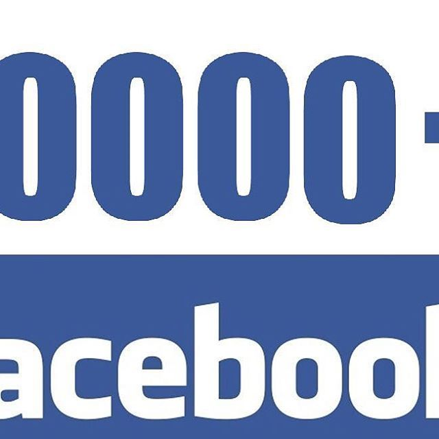 Vinn premier for over 10 000 - Feirer at Gladkokken har passert 10 000 følgere på Facebook. For å vinne se www.gladkokken.no #janhenriksgladekjøkken #gladkokken #konkurranse #matblogg #godtno #vinn #premier #10000