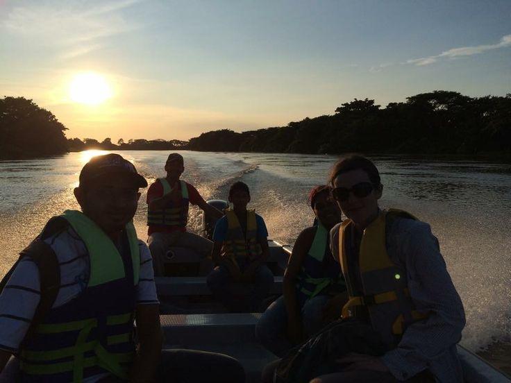 Atardecer en el Río Sinú