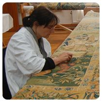 Oudenaarde tapestries and restoration workshop.  House de Lalaing accommodates the restoration workshop, where you can follow the entire conservation and restoration process of the historical tapestries. It also houses the VASA workshop, where modern tapestries are woven using the traditional technique. Pictures in the educational room show the restoration process.
