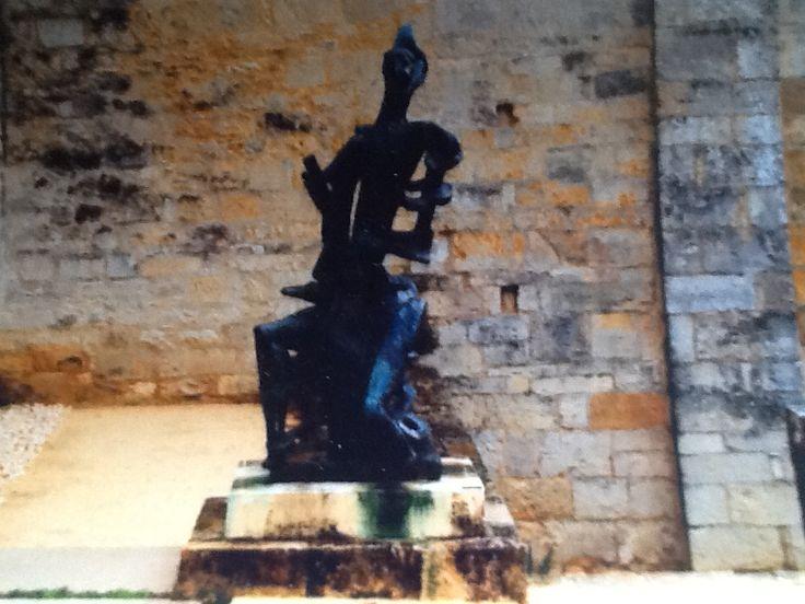 Deze foto is gemaakt in de tuin van het Zadkine museum gelegen in het dorpje Les Arques in het hart van de Quercy, tussen de Causse en de Bouriane. Het is tevens een cultureel centrum.