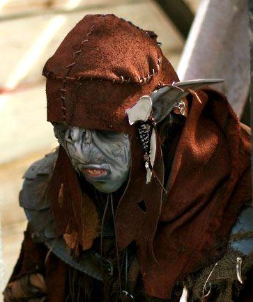 Goblin is ook wel een verzamelnaam voor kleine wezens die in donkere plekken leven en problemen veroorzaken. Deze kleine, lelijke wezens staan bekend om hun gierigheid. Aan de bleke huid te zien verblijft deze Goblin ondergronds.