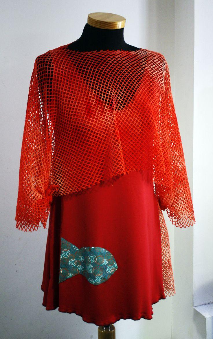 El verano del 2010 jugamos con las redes y los peces en las camisetas de la colección Bakailao #Red #rojo #ModaHechaEnBarcelona