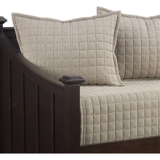 Albyn Daybed Cover In All Decorative Bedding Crate And