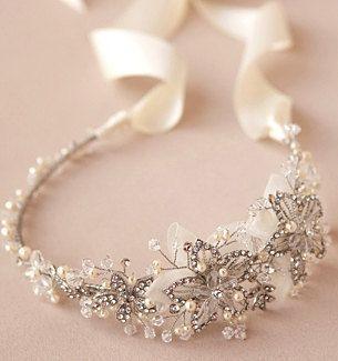 Boho Bridal Halo Silver headpiece, Rhinestone Wedding hairpiece, Wired Crystal flower Crown, Ivory Headband, Twisted Vintage Pearl Tiara