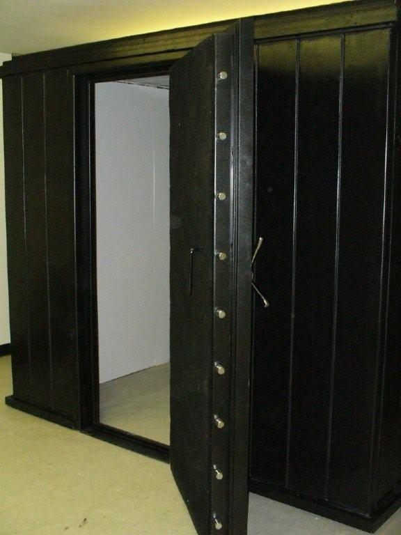 Rhino Vault modular gun vaults and safe rooms.