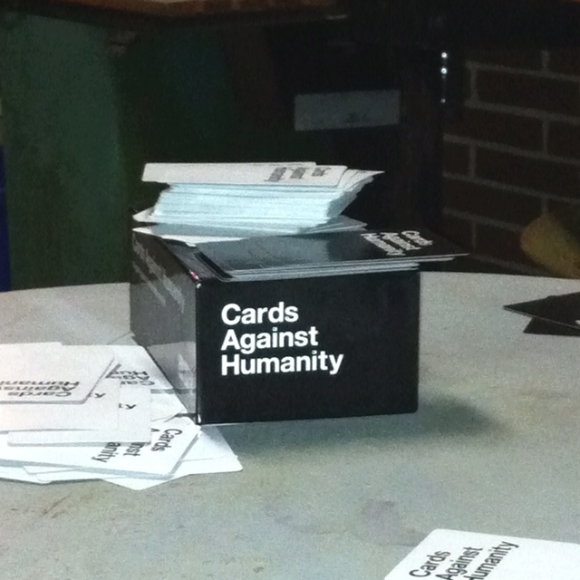 how to play cards against humanity drinking game