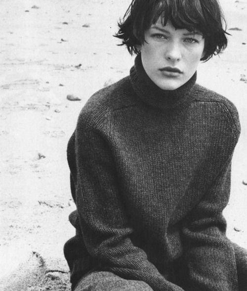 milla jovovich by bob richardson for vogue italia 1997