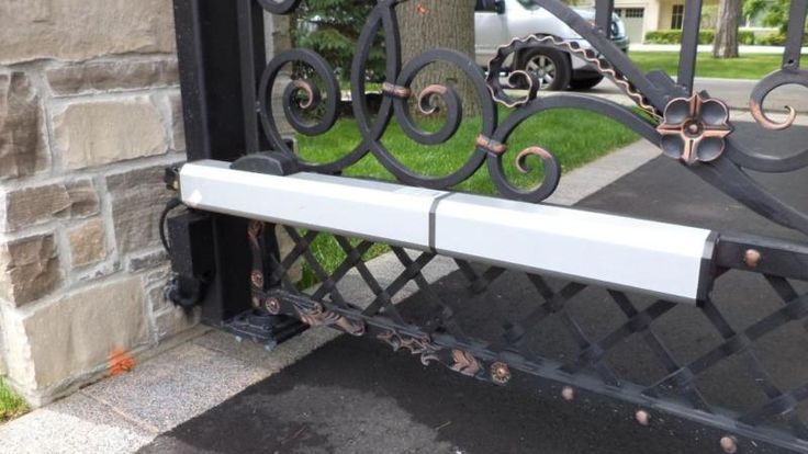 25 Best Ideas About Driveway Gate Openers On Pinterest