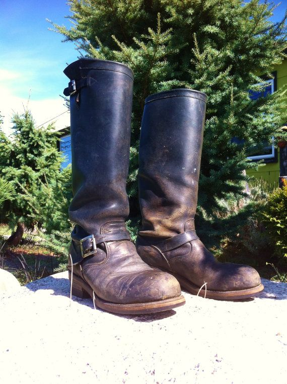Vintage Tall CHIPPEWA Black Leather Engineer Motorcycle Biker Boots Steel Toe Men's 8 D Made in the USA Buckle Harness Cafe Racer Grunge