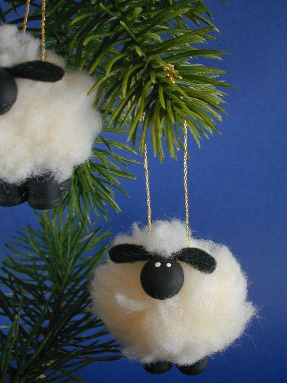 Ornamento de cordero/oveja por clotheslinecuties en Etsy