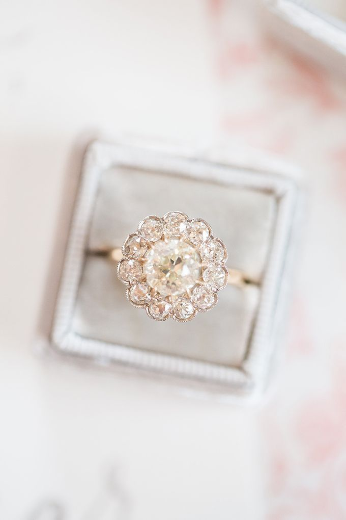 vintage engagement ring | Amber Hatley Photography | Glamour & Grace
