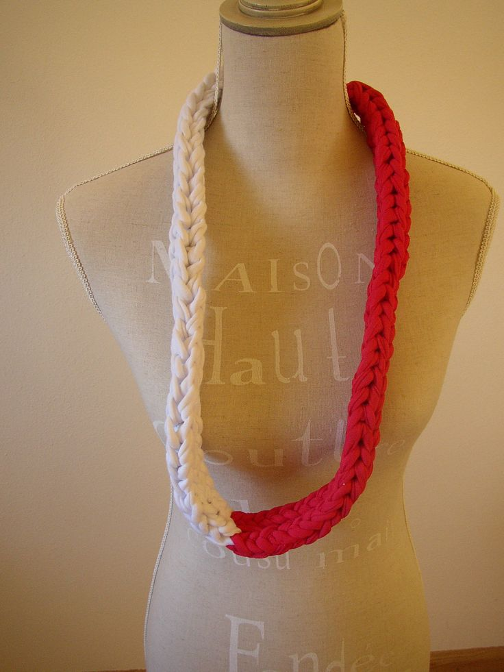 White and red: long necklace