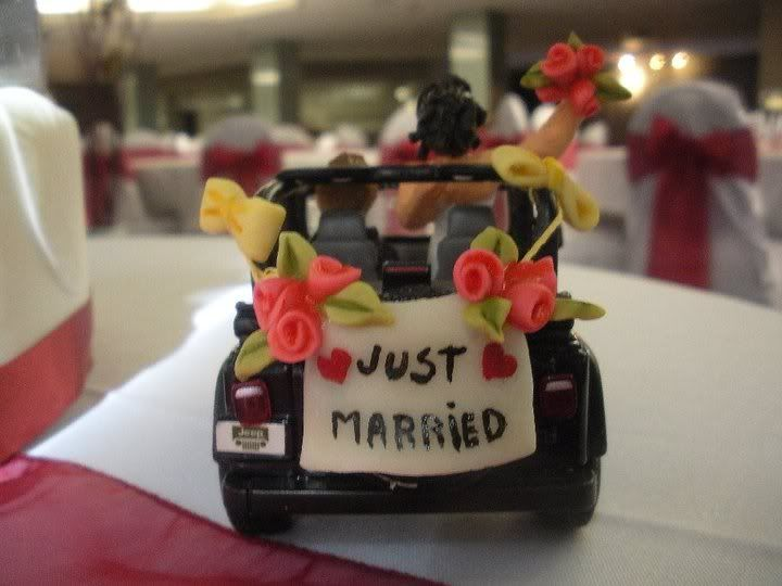 wedding cake toppers jeep | The Jeep even influenced my groom's cake at my wedding:
