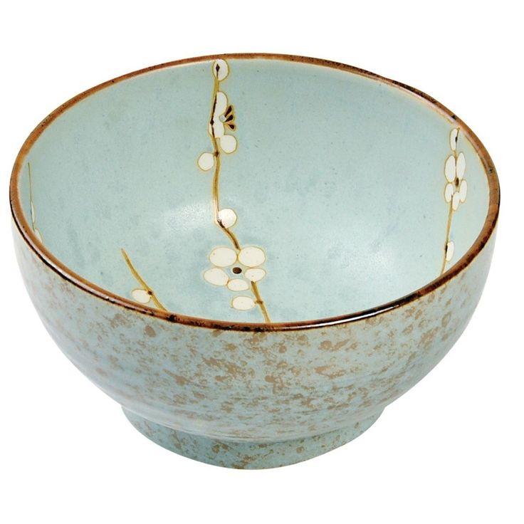 Společnost Tokyo Design Studio vznikla v roce 2010. Od té doby se věnuje navrhování a výrobě vysoce kvalitního porcelánového nádobí inspirovaného japonskou tradicí a zároveň životním stylem moderního Tokia.  Každý kousek se vyrábí zvláštní technikou, kdy jsou výrobky nejprve dvakrát vypáleny, následně glazurovány a znovu vypáleny. Tato technika je stará již 400 let a neustále dochází k jejímu zdokonalování.  Vítá vás klid a vnitřní mír japonské zahrady v podobě kolekce Soshun. Řada laděná do…