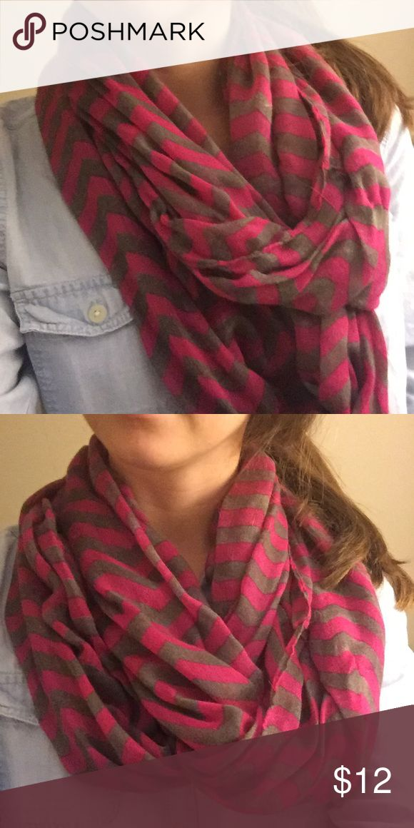 Pink chevron infinite scarf 💖 Pink and gray chevron infinite scarf. Great condition, maybe worn once! So cute! Accessories Scarves & Wraps