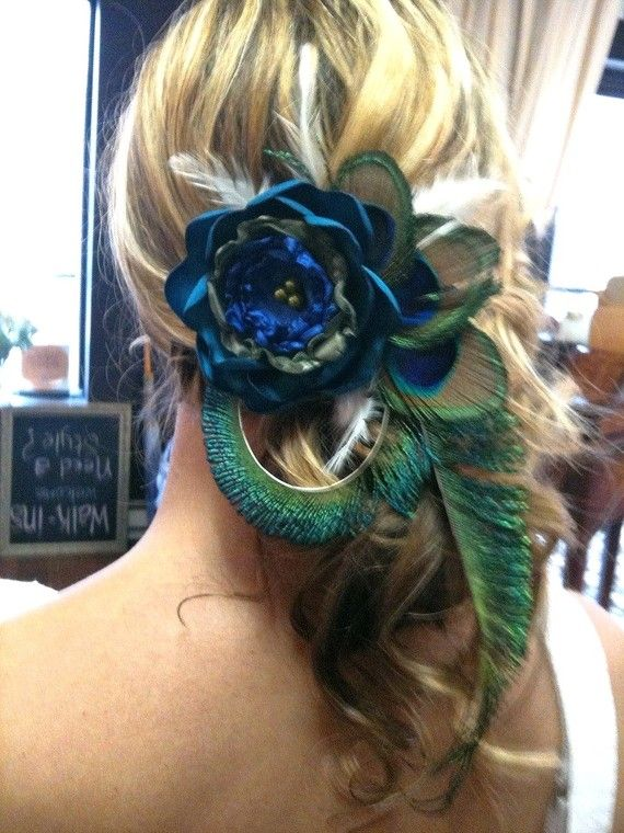 peacock: Hair Piece, Peacocks, Peacock Hair, Wedding Ideas, Peacock Wedding, Hair Style