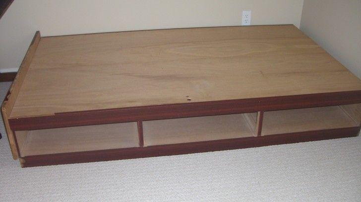 17 best images about mi bedroom on pinterest diy bed platform bed with storage and diy - Plywood for platform bed ...