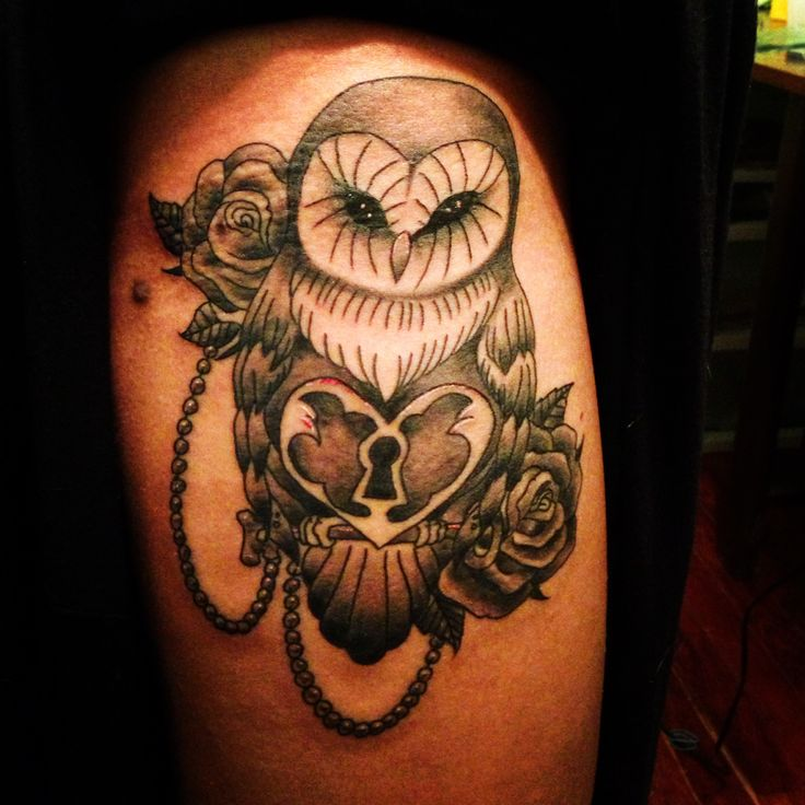 owl roses pearls lock and key thigh