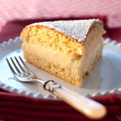 Découvrez la recette Tarte Saint-Tropez express sur cuisineactuelle.fr.