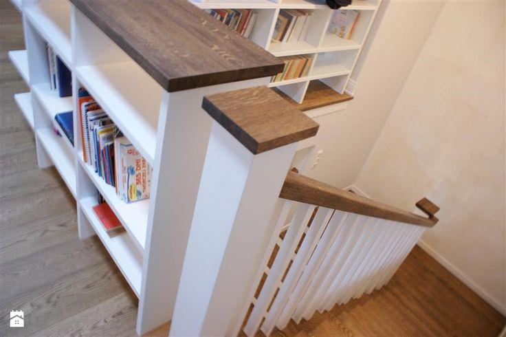 Dom pod miastem - Schody - Styl Tradycyjny -  Magdalena Sobula Pracownia Projektowa Pe2