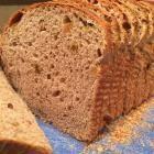 Foto recept: Rozijnenbrood met noten uit de broodbakmachine