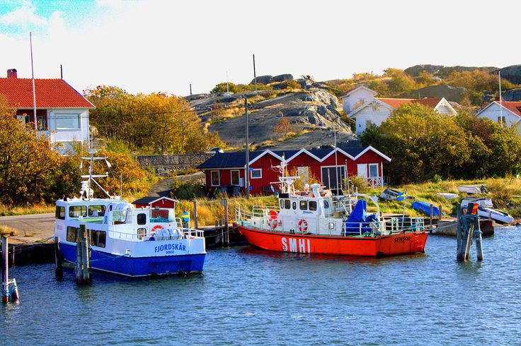 Cruising Around The Gothenburg Archipelago In Sweden via @marievallieres