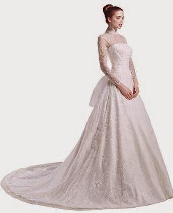 lace wedding dress: long sleeved lace wedding dress